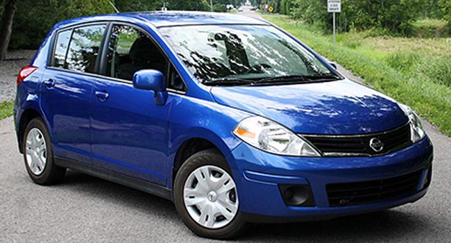 Nissan Versa 2010 exterior