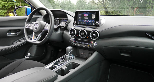 """Depending on the model, options include Sirius radio, Apple CarPlay, Android Auto, remote start, dual zone climate control and an """"intelligent"""" key"""
