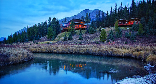 mountain lake lodge escapes