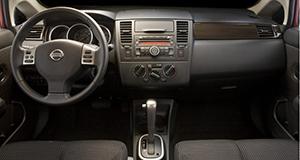 Nissan Versa 2010 interior