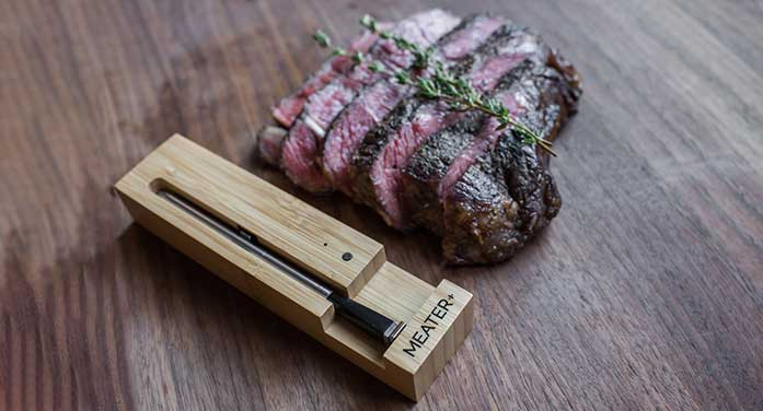 MEATER bamboo charger steak food meat